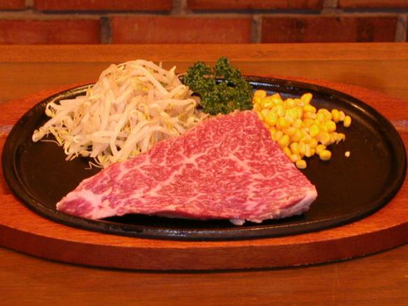 5500円プラン:熟成ヒレステーキ