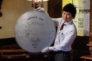 円盤に刻まれた音楽は、まるで地図のように
