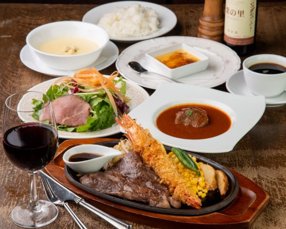 米沢牛ロースステーキと有頭エビフライ スペシャル 4,000円